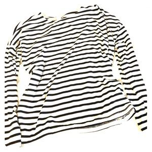 Striped scoop neck long sleeve t shirt